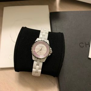 Collectors Edition: CHANEL J12 XS Watch Pink